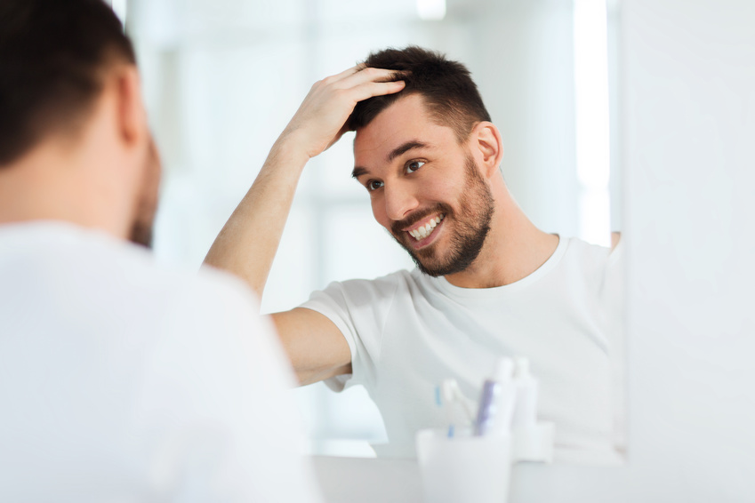 Haarwachsum im Anschluss an die Haartransplantation
